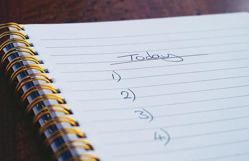 Eine Checkliste im Ringbuch