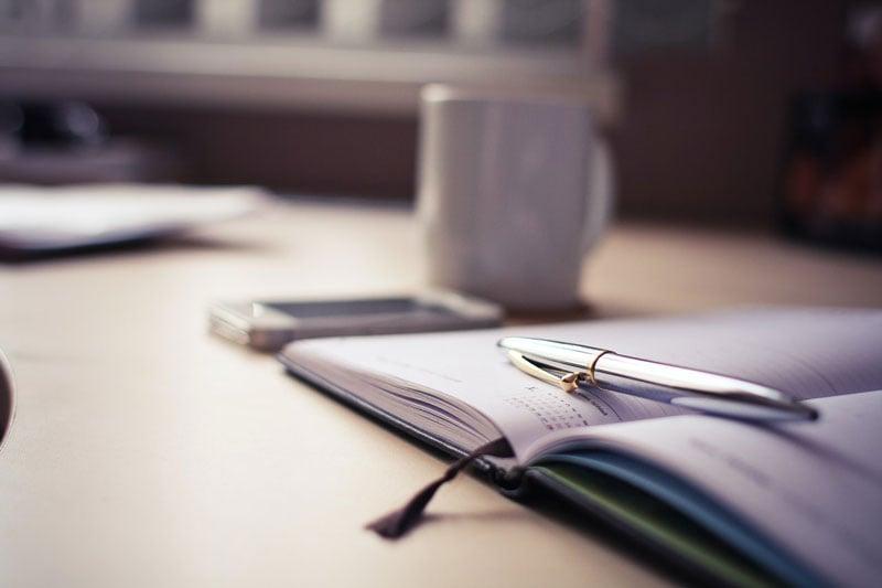 Eine Dienstplanvorlage kann auch auf Papier gestaltet werden.