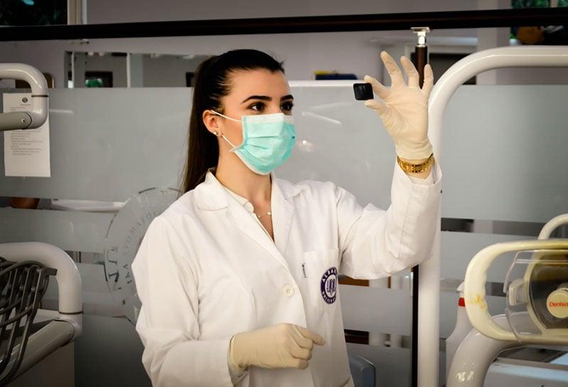 Pflegefachkraft im Krankenhaus