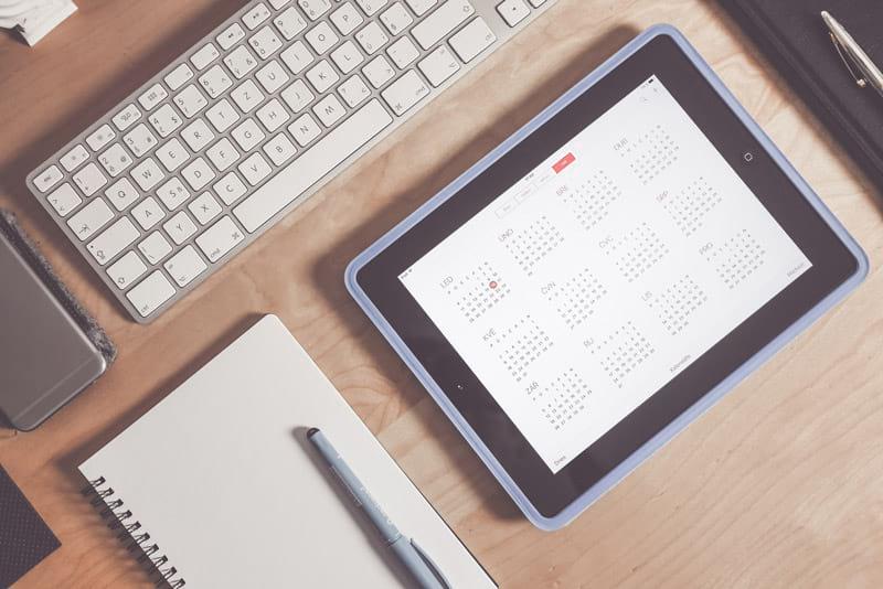 Programm zum Zeitmanagement auf einem Tablet