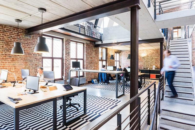 Moderne Büro Arbeitsplätze