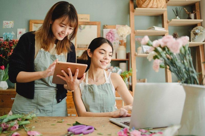 Personalplanung im Einzelhandel ist problemlos am Tablet möglich.