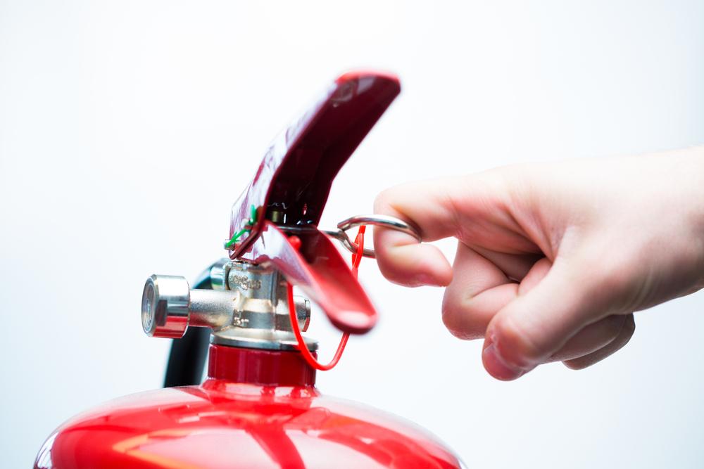 Brandschutz, Zutrittskontrolle und Security-Dashboard – wie sicher sind Ihre Gebäude und Werkshallen wirklich?