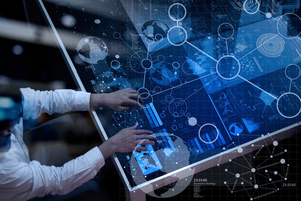 Smarte Tools: Sicherheit und Prozessoptimierung zugleich. Ein Interview mit Mischa Wittek