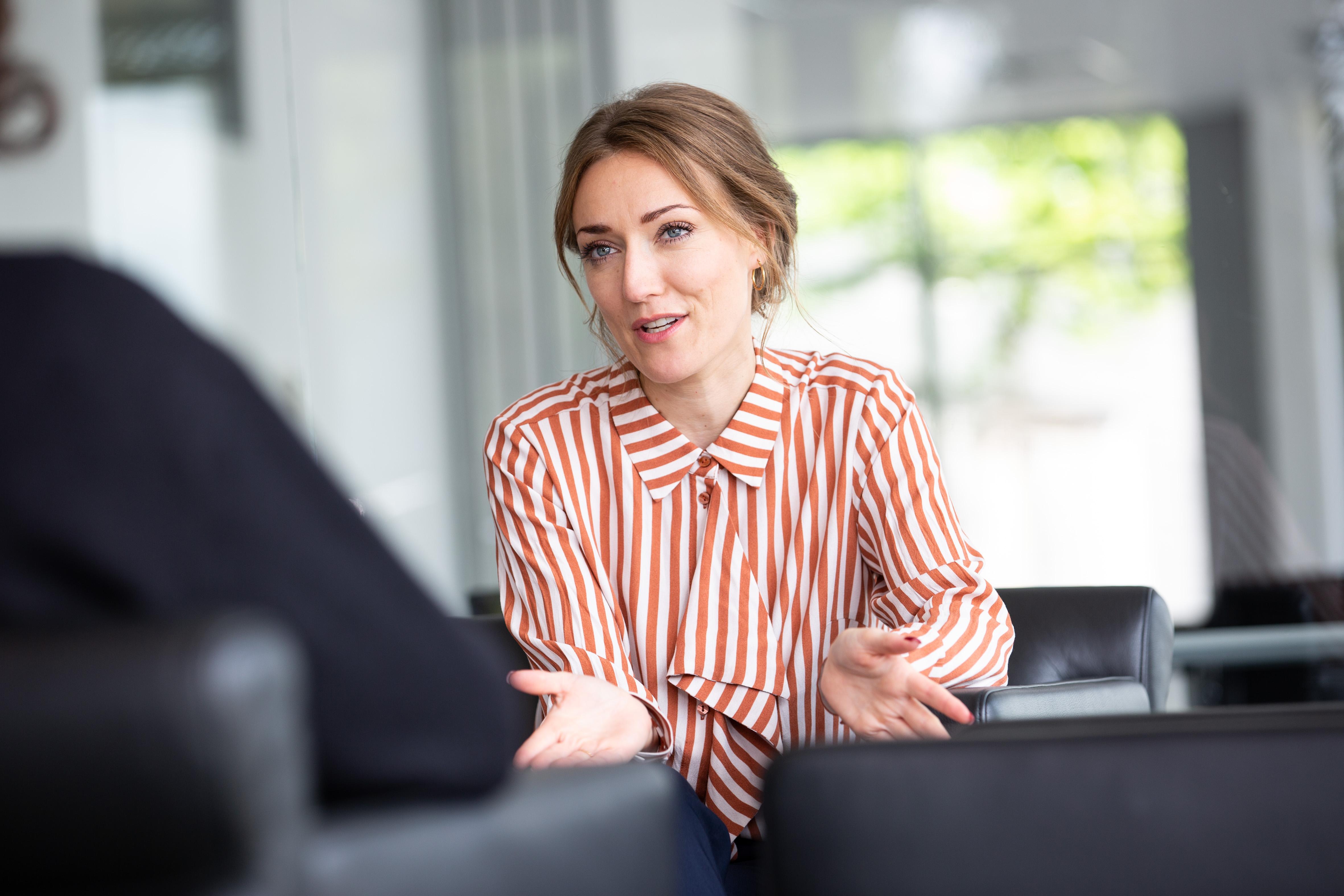Was ist Industrie 4.0? - Ein Interview mit Business Development-Expertin Katharina Röhrig