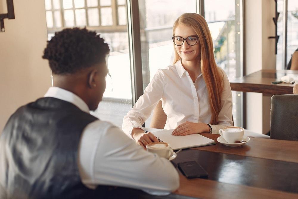 Mitarbeitergespräch führen: Mit diesen Fragen wird es zum Erfolg