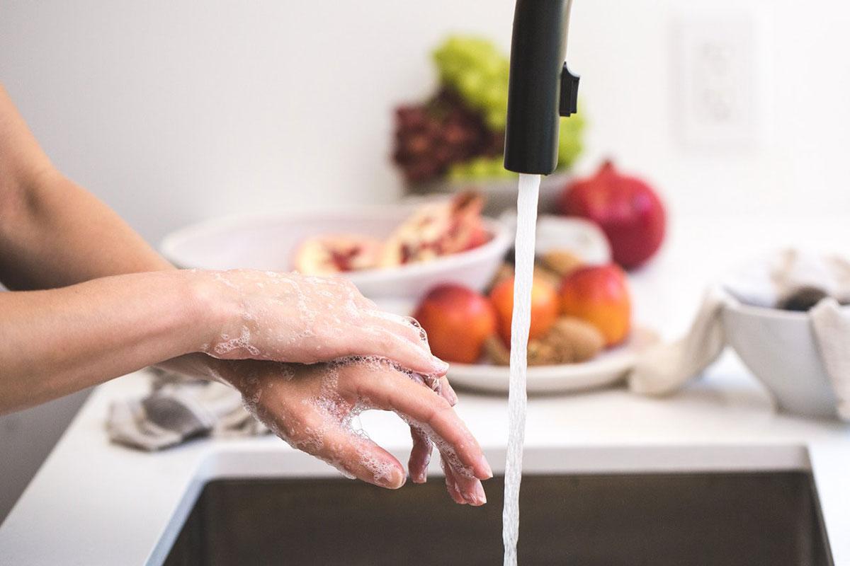 Wie ermöglicht man hygienische Zutrittskontrolle?