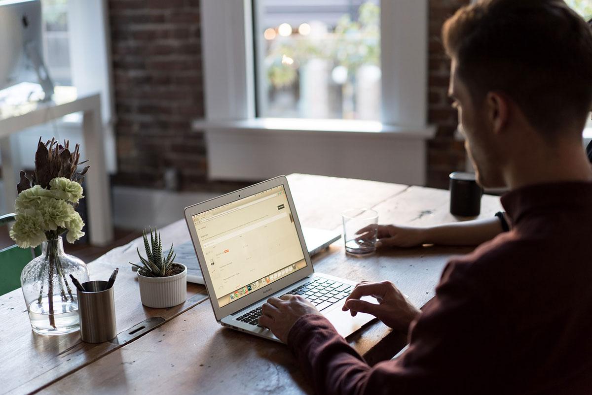 Mobile Arbeitswelt: Das sollten Sie über Homeoffice wissen
